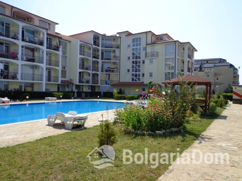Купить недорогое жилье в черногории однокомнатные квартиры в дубае цена