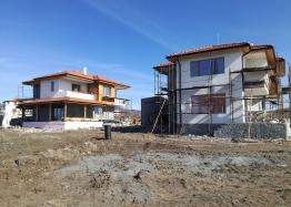 Новые дома в ближайшем пригороде Бургаса - Банево. Фото 8