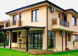 Новый дом с участком в пригороде Бургаса - для ПМЖ. Фото 1