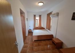 Апартамент с тремя спальнями в Несебр Гарденс, Кошарица. Фото 14