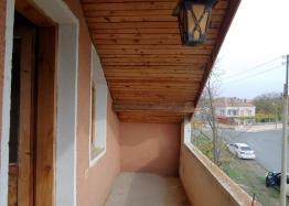 Трехэтажный дом на продажу в селе Горица. Фото 17