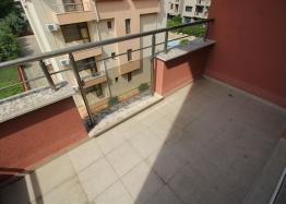 Трехкомнатная квартира с большой террасой в Солнечном Береге. Фото 19