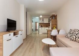 Двухкомнатная квартира с мебелью на продажу в Поморие . Фото 1