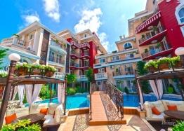 Двухкомнатная квартира в комплексе Месембрия Резорт. Фото 1