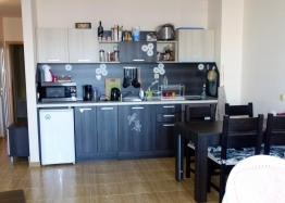 Трёхкомнатная меблированная квартира в Святом Власе. Фото 2