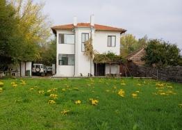 Просторный двухэтажный дом на продажу в Дюлево. Фото 2