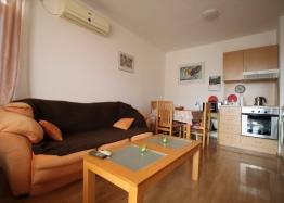 Недорого купить квартиру в курорте Солнечный Берег. Фото 1