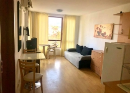 Двухкомнатная квартира на продажу в комплексе Виго, Несебр. Фото 1