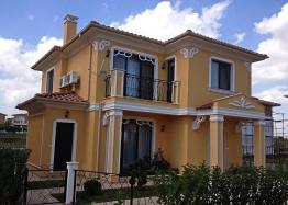 Двухэтажный дом в пригороде Бургаса. Фото 1