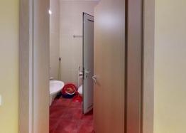 Недорогая трехкомнатная квартира рядом с Солнечным Берегом. Фото 21
