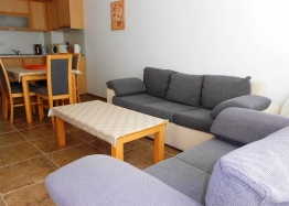 Трехкомнатная квартира на продажу в Поморие. Фото 1