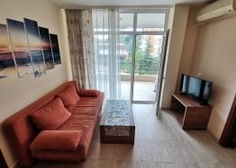 Отличная квартира в комплексе Sun Village, Солнечный Берег. Фото 2