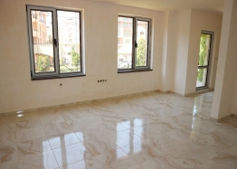 Новая двухкомнатная квартира в комплексе класса люкс. Фото 2