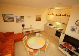 Двухкомнатная квартира в Роял Сан, Солнечный Берег. Фото 1