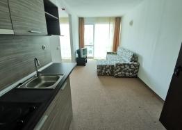 Срочная продажа дешевой двухкомнатной квартиры в Сарафово. Фото 2