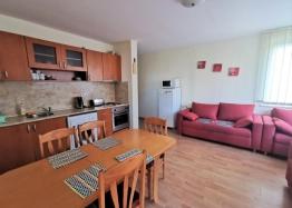 Трехкомнатный апартамент на первой линии в Марина Вью. Фото 3