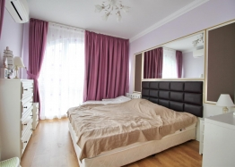 Роскошная двухуровневая квартира в Messembria Palace. Фото 3