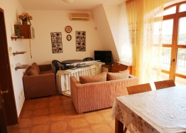 Квартира с двумя спальнями в комплексе Несебр Вью. Фото 2