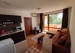 Недорогая двухкомнатная квартира в Солнечном Береге. Фото 1
