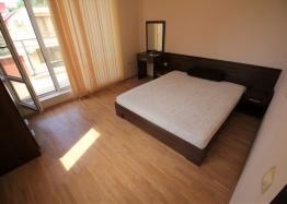 Трехкомнатная квартира с большой террасой в Солнечном Береге. Фото 6