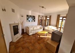 Апартамент с тремя спальнями в Несебр Гарденс, Кошарица. Фото 9