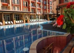 Продажа двухкомнатной квартиры у моря в Солнечном Береге. Фото 1