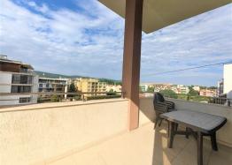 Новая большая квартира на продажу в Солнечном Береге. Фото 8
