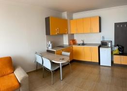 Двухкомнатная квартира на продажу в центре Солнечного Берега. Фото 1