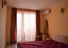 Двухкомнатная квартира в элитном комплексе на Солнечном берегу в Болгарии. Фото 5