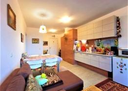 Двухкомнатная квартира в комплексе Грин Лайф Бич Резорт. Фото 2