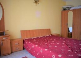 Двухкомнатная квартира в элитном комплексе на Солнечном берегу в Болгарии. Фото 12