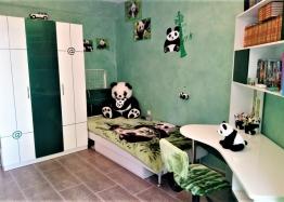 Трёхкомнатная меблированная квартира в Святом Власе для постоянного проживания. Фото 9