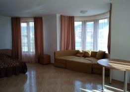 Двухкомнатная квартира у моря в курорте Святой Влас. Фото 3
