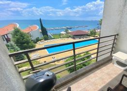 Двухкомнатная квартира с видом на море в красивом комплексе на первой линии. Фото 3