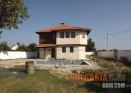 Двухэтажный дом для круглогодичного проживания около Варны. Фото 5