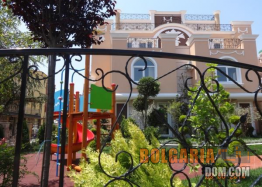 Квартиры на продажу комплекс в центре курортного поселка Равда. Фото 18