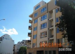 Двухкомнатная квартира в элитном районе Бургаса Лазури!. Фото 2