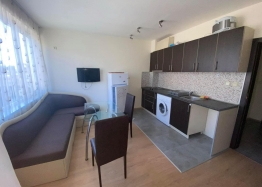 Недорогая квартира на продажу в Святом Власе. Фото 1