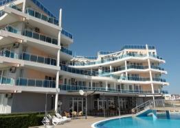 Недорогая квартира с видом на море в Равде. Фото 1
