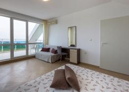 Большая квартира с видом на море в курорте Равда. Фото 22
