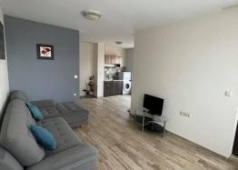 Трехкомнатная квартира в жилом доме в Несебре - для ПМЖ. Фото 1