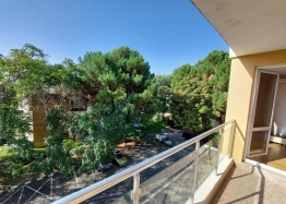 Прекрасный апартамент с двумя спальнями на Солнечном берегу. Фото 18