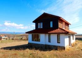 Уютный домик в селе Александрово. Фото 1