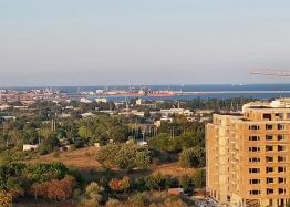 Огромный апартамент на весь этаж с панорамным видом на море и Бургас!. Фото 3