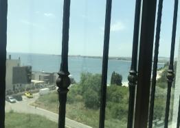 Отличная многокомнатная квартира в Несебре возле пляжа с видом на море. Фото 14