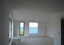 Трехэтажный дом на берегу моря. Фото 5