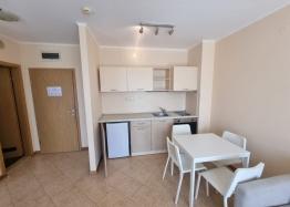 Квартира на продажу в комплексе с видом на море. Фото 1