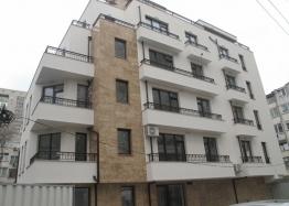 Квартира с 2 спальнями в центре Бургаса. Фото 1