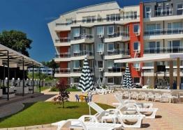Двухкомнатная квартира рядом с пляжем в Лозенце. Фото 1