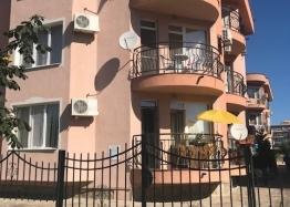 Двухкомнатная квартира в красивом комплексе . Фото 1